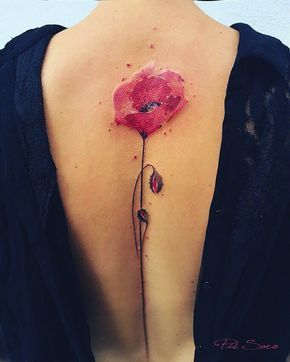 Von Zeit zu Zeit präsentieren wir Euch an dieser Stelle Inspirationen aus dem Bereich der Tattoo-Art. Pis Saro ist eine Botanical-Tattoo Künstlerin von der Krim.