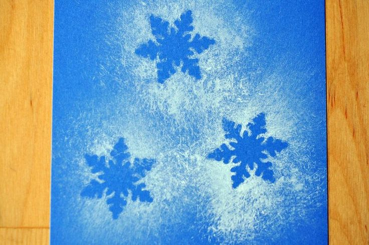 Snowflake craft/art- just need spray on snow to spray over die cut snowflakes