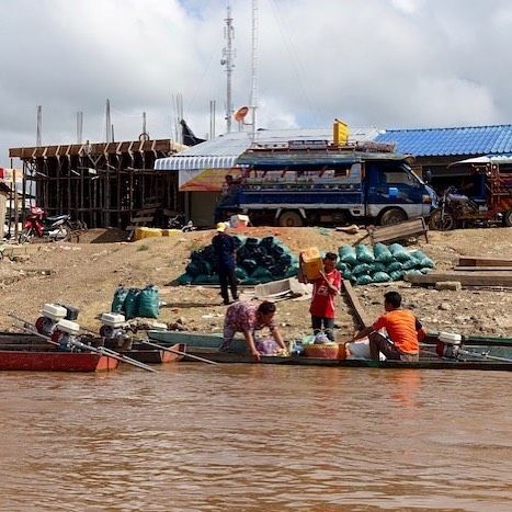 The Mekong River is the lifeblood of Laos in so many ways not least of which is commerce trade and transport. Village ports in the south no matter how small are always a hive of activity #laos #champasak #southernlaos #rurallaos #4000islands #siphandon #mekong #mekongriver #eatdrinklaos   Eat Drink Laos http://eatdrinklaos.com