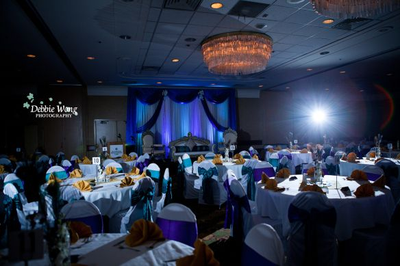 Coast Plaza hotel, blue and turquoise themed color. Debbie Wong Photography, Calgary wedding photography, www.debbiewongphotography.com