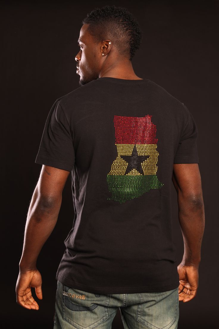 Ghana Flag or Map T-shirt! Small map on the front & large map on the back OR small flag on the front & large flag on the back. Available on a black or white T-shirt, for men and women.