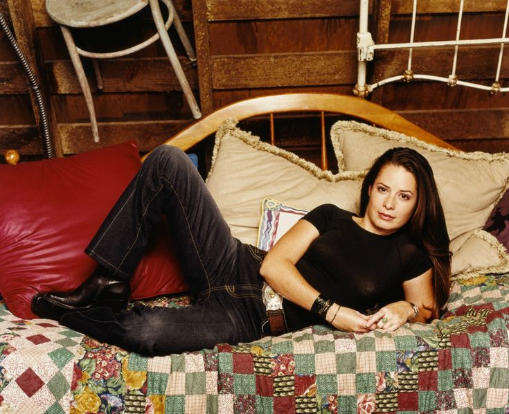 1000 Images About Charmed On Pinterest Seasons Alyssa