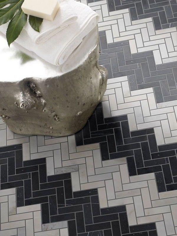 carrelage salle de bain blanc chevrons gris arrangement noir Méditerranée