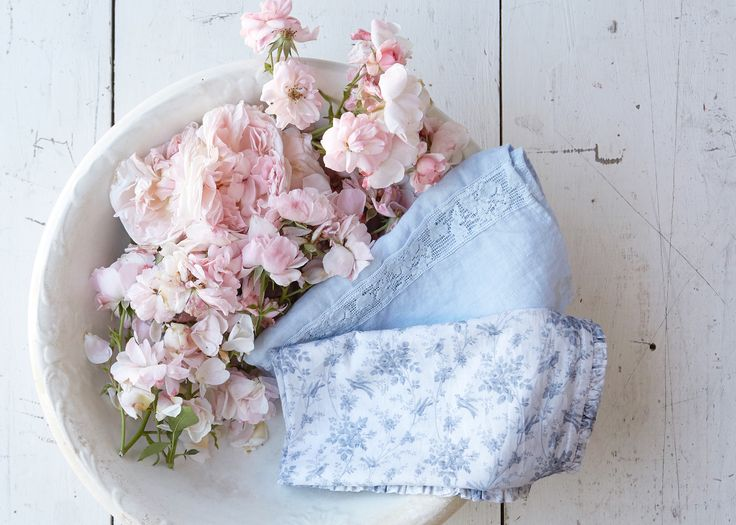 summer blues shabby chic summer napkin collection tabletop goals - Deco Shabby Chic Blog