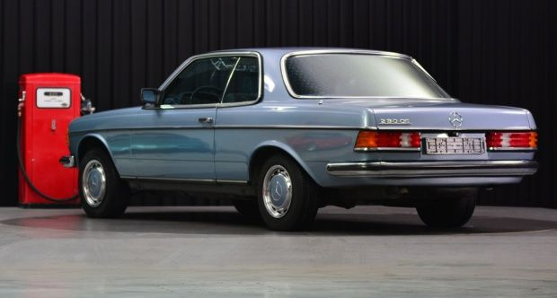 1985 Mercedes-Benz E-Class - 230 CE W123 | Classic Driver Market