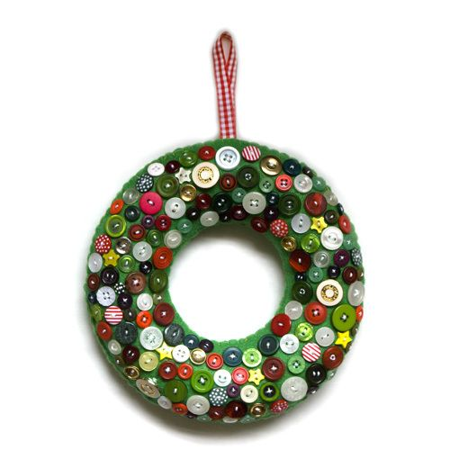 Christmas button wreath £25.00
