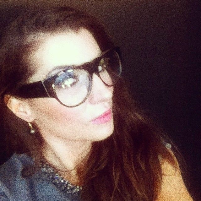 Toujours chic... celebrity fashion stylist @gracewoodward wears #cassiuseyewearco HADID in Mahogany Frame w/ Clear RX Lens, LOVE. #regram #cassiuseyewear #eyewear #eyeglasses #glasses #optical #spectacles #sunglass #sunglasses #handmade #limitededition #fromnewzealand #UK #london #fashionstylist #sundaytimesstyle #elle #flaunt #harpersbazaar #numero #nylon #tank #BNTM