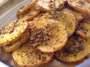 Patate alle erbe aromatiche al forno