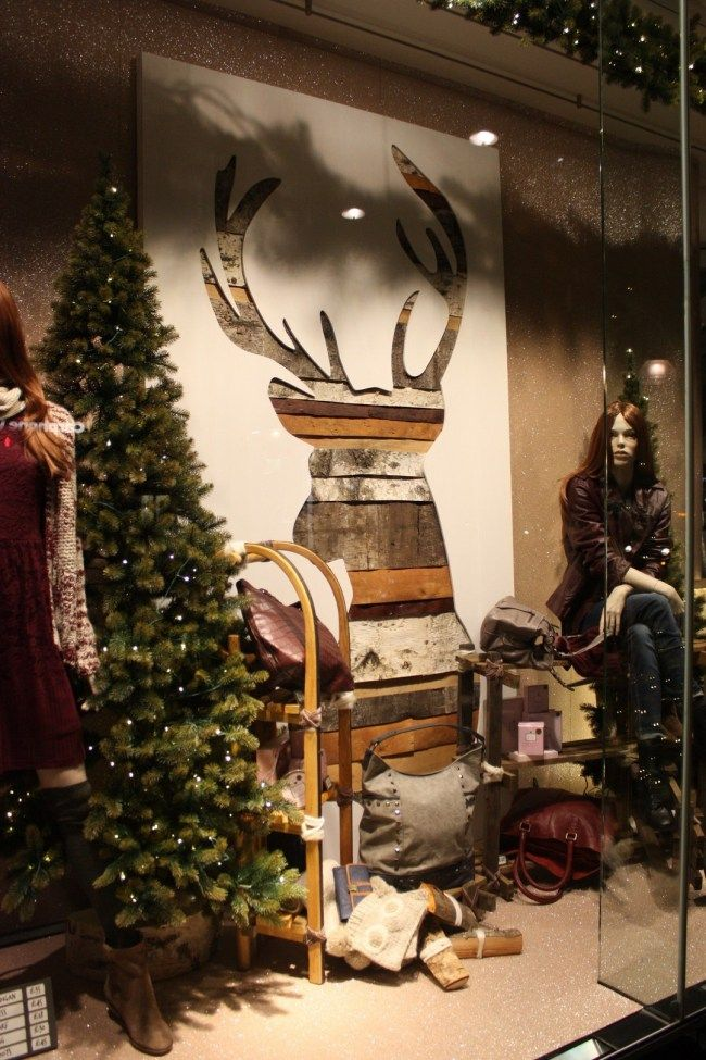 Awesome Diy Christmas Retail Holiday Displays On A Budget Onechitecture In 2020 Christmas Decorations Uk Christmas Deco Vintage Store Ideas