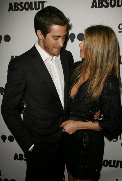 Jake Gyllenhaal dan Jennifer Aniston di belakang panggung pada acara GLAAD Media Awards di Los Angeles - April 14, 2007