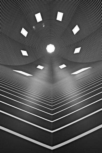 Het Bonnefantenmuseum bevindt zich in een prachtig gebouw van de Italiaanse architect Aldo Rossi.