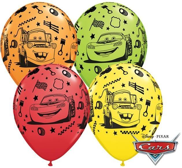 """Balon lateksowy 11"""" (29 cm) z nadrukiem przedstawiającym bohaterów z kultowej bajki Autka - Zygzak McQueen i Złomek. Doskonała dekoracja na przyjęcie urodzinowe Twojego dziecka."""