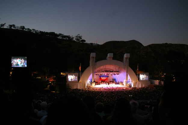 ...and the Hollywood Bowl now. | 14 Vintage Postcards Of Old Hollywood Vs. Hollywood Now