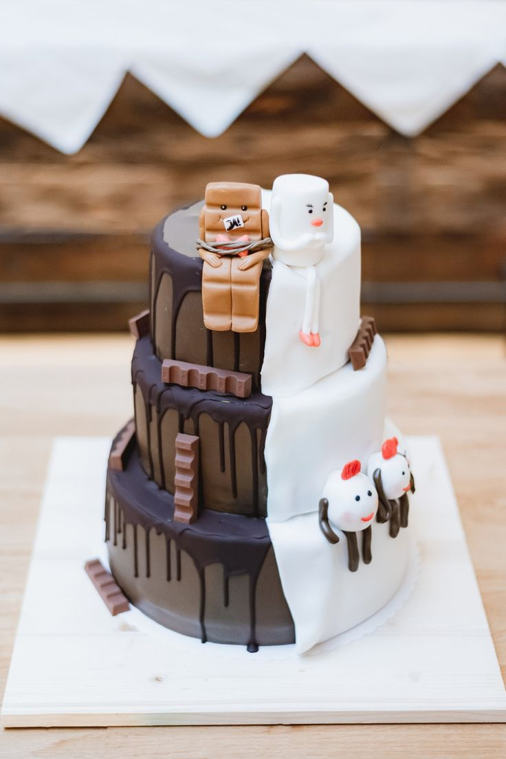 Kreative und Lustige Hochzeitstorte! #Hochzeitstorte #Torte #Hochzeitsempfang #F…