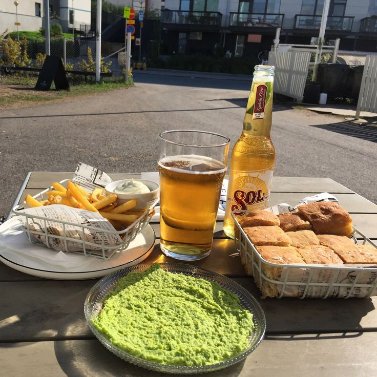 Bistro Telakka - fries and focaccia