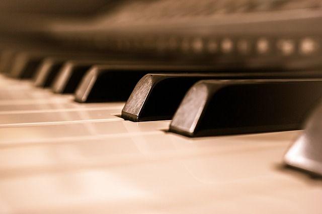 Pixabayの無料画像 - ピアノ, キー, ピアノのキー, ピアノの鍵盤, 音楽, 楽器