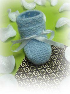 Talla_ PRIMERA POSTURA  Agujas de tejer 2 1/2 Lana de bebé en el color que más te guste Cinta  Con lana montar 41 puntos y tejer 1 vuelta en...