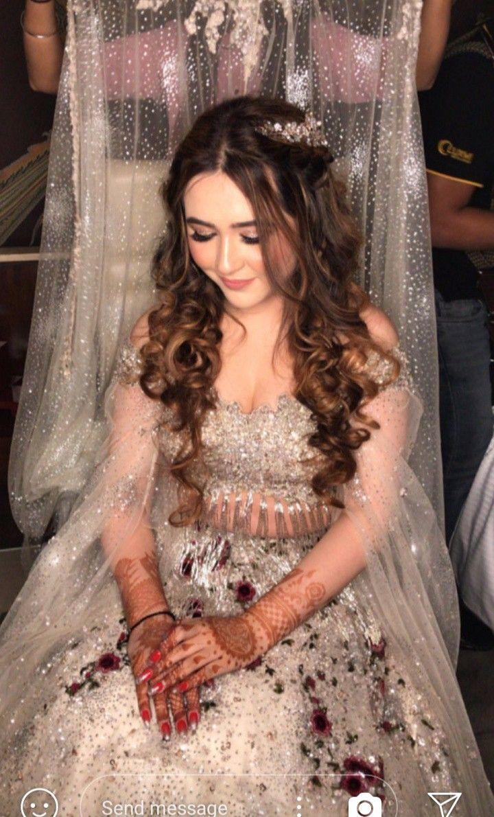 Pin By Shivani Rastogi On Wedding Make Up Indian Bridal Wear