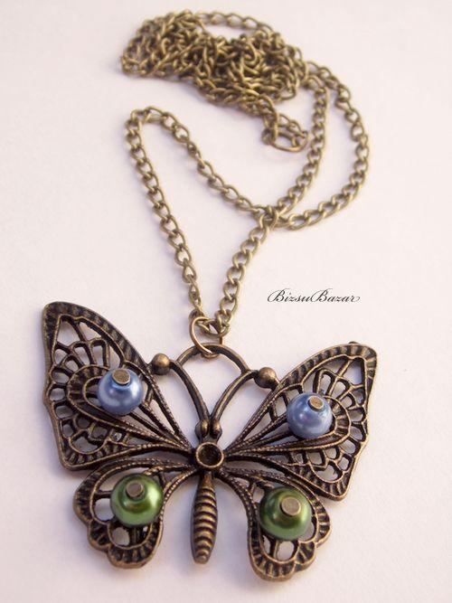 Antikolt bronz pillangós nyaklánc by http://www.breslo.hu/item/Antikolt-bronz-pillangos-nyaklanc_10006