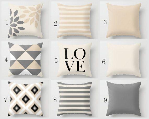 Kissen-Designs in neutralen Schattierungen von grau, Light Beige, Sand, schwarz und weiß zu werfen.  Individuell geschnitten und von hand genäht,