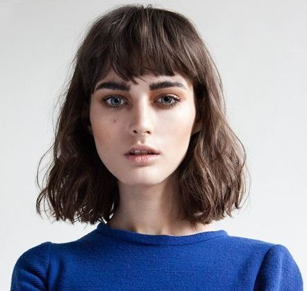 above brow bangs with one length wavy bob | hairs | Pinterest | Wavy ...