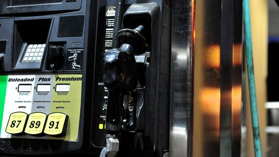How to Calculate Your Car's Fuel Efficiency