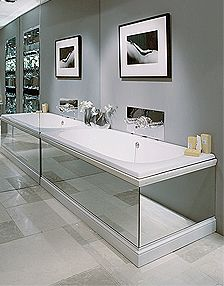 Built-in Lomond bath tub with mirrored surround - how to lose your bath