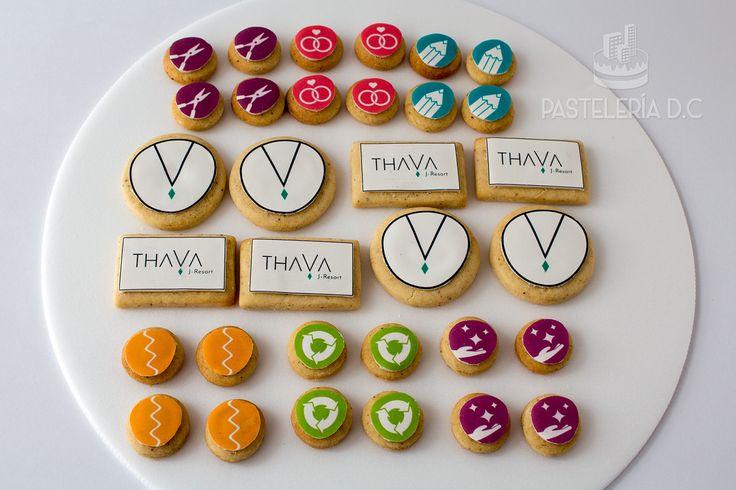 Galletas empresariales personalizadas con imágenes comestibles / Custom corporate cookies.