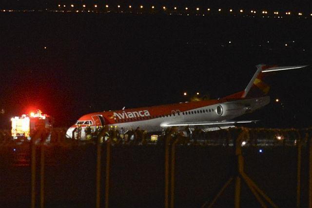 Blog de Santo Afonso: Avião da Avianca faz pouso forçado em Brasília