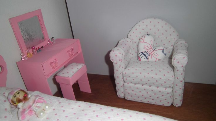 Simple and great looking upholstered doll furniture (sofas, chairs etc.)