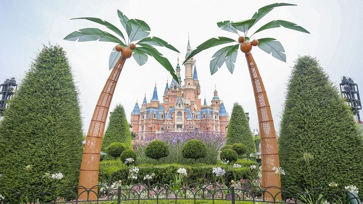 Have a Blast This Summer at Shanghai Disney Resort / #Awesome #WDW #info! Book an #Orlando #Disney #vacation with @VimanaGroup / http://ift.tt/2sCkiqr