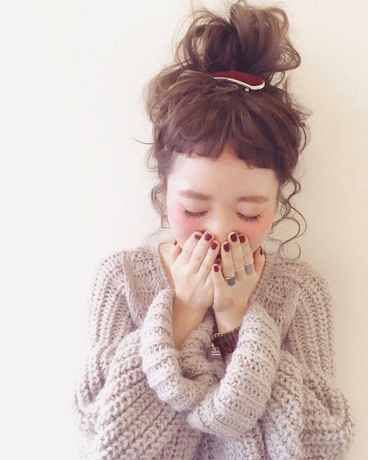 2,818 mentions J'aime, 29 commentaires - @sakincho1028 sur Instagram : « おだんご すきです。 自分が髪の毛長かった時も、 多分おだんごアレンジが1番多かった気がする。 簡単だし、顔キュッとするし。… »