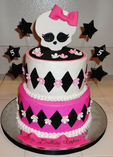 Monster High Cake | This is a buttercream cake with fondant … | Flickr