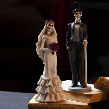 Decorative Skeleton Bride and Groom by Evergreen Enterprises (www.myevergreenonline.com)