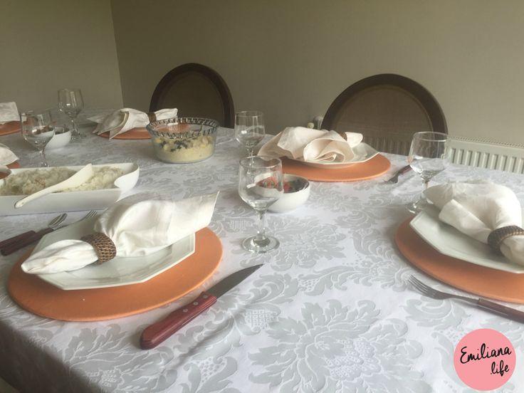 como preparar uma mesa para receber convidados para um churrasco