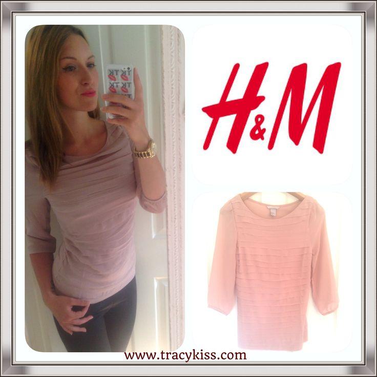 Tracy Kiss Wears H&M