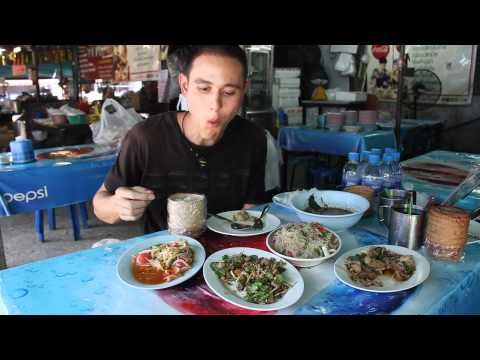 Thai Street Food Menu in Bangkok (Eating Thai Food Guide) อาหารอีสาน