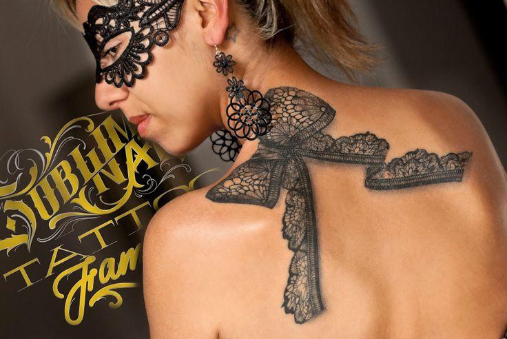 Fiocco di pizzo by Yuri Sata presso Subliminal Tattoo Family