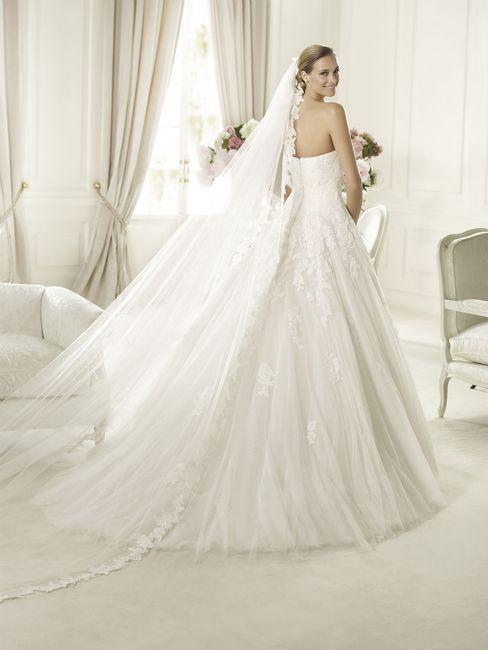 achterzijde kanten jurk bandeau