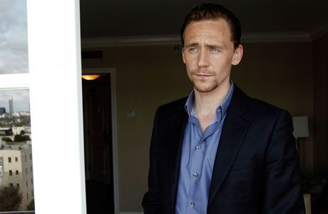 The League of British Artists: TOM HIDDLESTON WINS ANGLO FAN FAVORITES, NAMED MAN OF 2012 By Kevin Wicks | Posted on Thursday, July 12th, 2012 (BBC AMERICA)