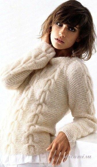 вязаный свитер из мохера