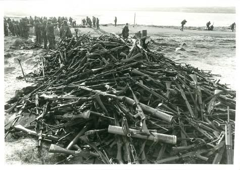 Argie weapons handed in after the battle of Goose Green and Darwin, Falklands war 1982