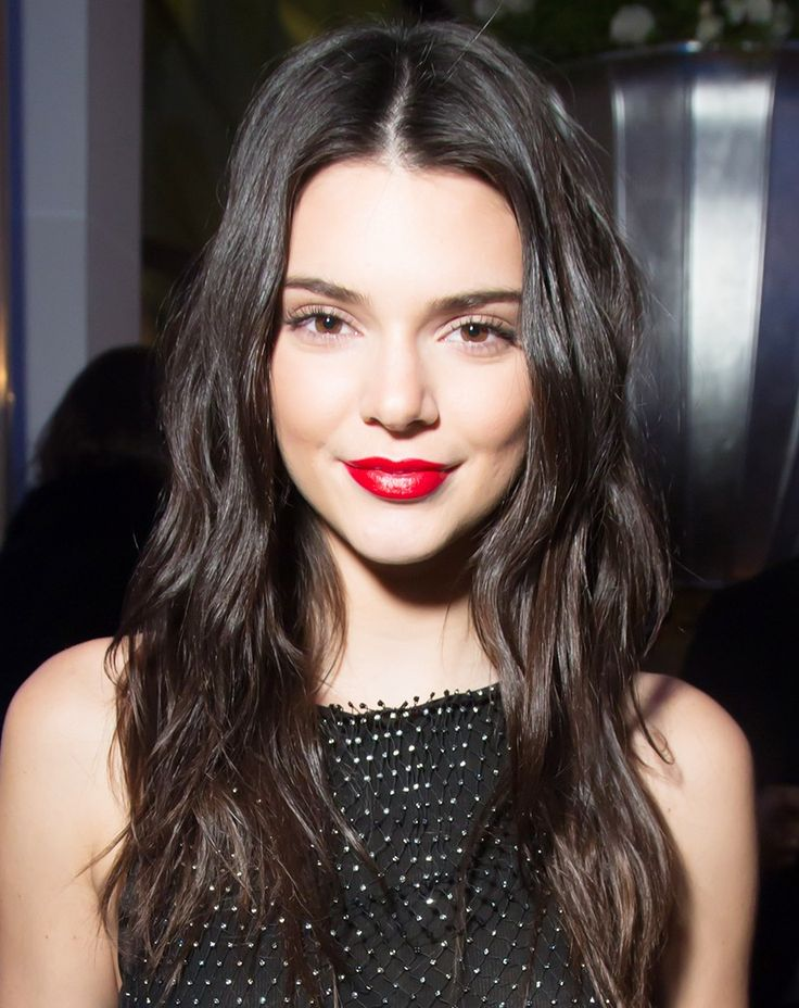 THIS Is the Secret to Kendall Jenner's Flawless Skin, According to Her Makeup Artist via @ByrdieBeautyAU