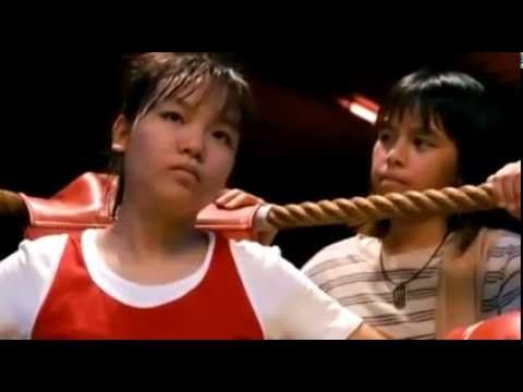 13-летняя девочка против взрослого бойца муай-тай. Тяжелый бой. Впечатли...