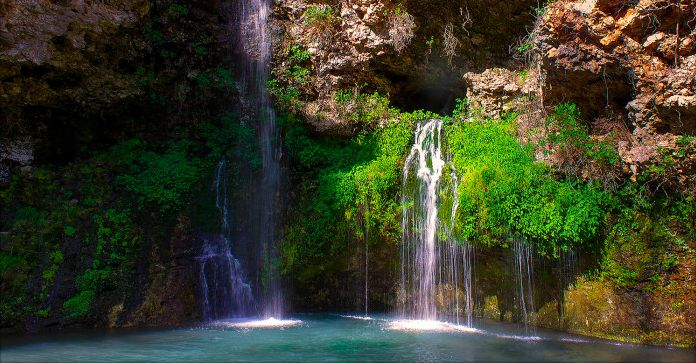 These 9 Hidden Waterfalls In Oklahoma Will Blow You Away