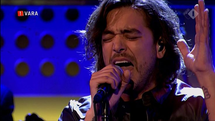 "The incomparable Waylon,  Netherlands DWDD Singing Freddie Mercury's ""Somebody to Love"""