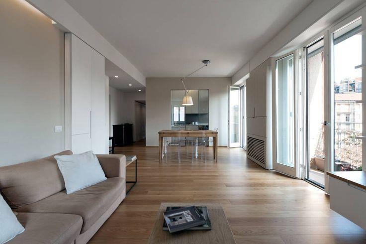 Um apartamento com grandes ideias para aproveitar espaço (De Sílvia Astride Cardoso - homify)