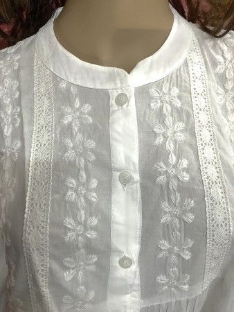 INDIA CHIKAN A Line Short Cotton White Top-Kurti-With Lucknow Chikan Hand Embroidery Flair Style Kurti - SHORT TOP - WOMEN Collection