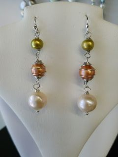 Sterling+Silver+Shepard's+Hook+Wrapped+Baroque+Pearl+Earring+++This+earring+set+is+made+with+rhodium+plated+sterling+silver+Shepard's+hook+earring+findings+and+stainless+steel+wire+that+has+been+wrapped+around+genuine+freshwater+9mm+New+Champagne+Baroque+Pearls.+The+bottom+pearls++are+10mm+White+Baroque+and+the+top+ones+are+6mm+Green+Potato.++These+earrings+are+made+hand+made+in+our+shop+-+so,+no+two+will+be+alike+