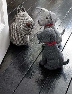 Dog Door Stop - M. I REALLY hate not being able to find the source on this. Pinterest's search is SO clunky. You should be able to search the BOARD that comes up when you're tracing back.: